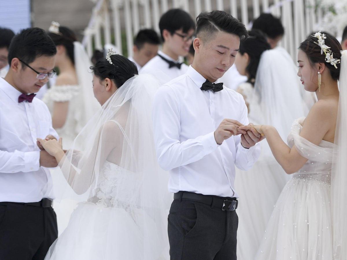 Các bạn trẻ thời nay thích yêu đương hơn là kết hôn