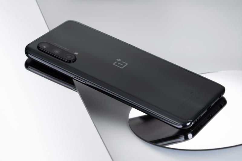 OnePlus đã ra mắt tân binh mới tiếp theo - smartphone OnePlus Nord CE 5G