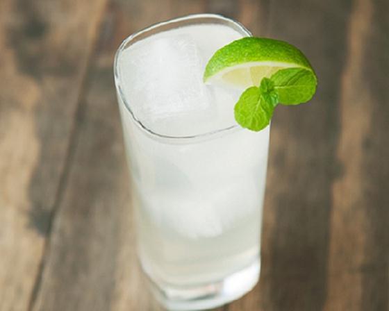Soda vải bạc hà